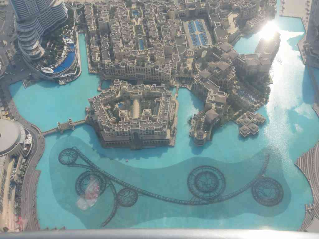 The scale of Dubai fountains from the top of the world in Burj Khalifa