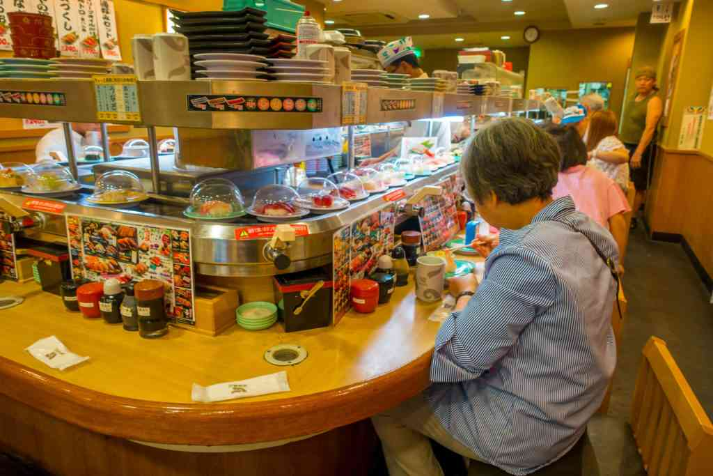 kaitenzushi kid friendly restaurants in Tokyo