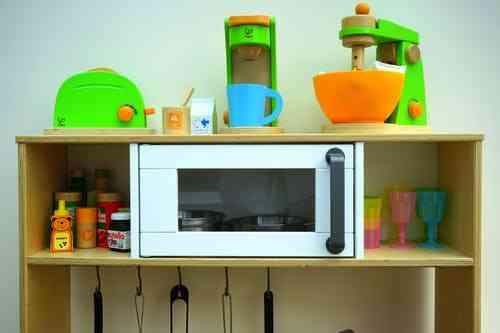 pretend play kitchen