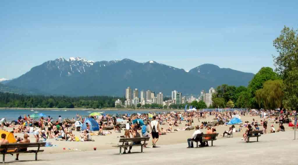 Kitsilano Beach Vancouver with kids