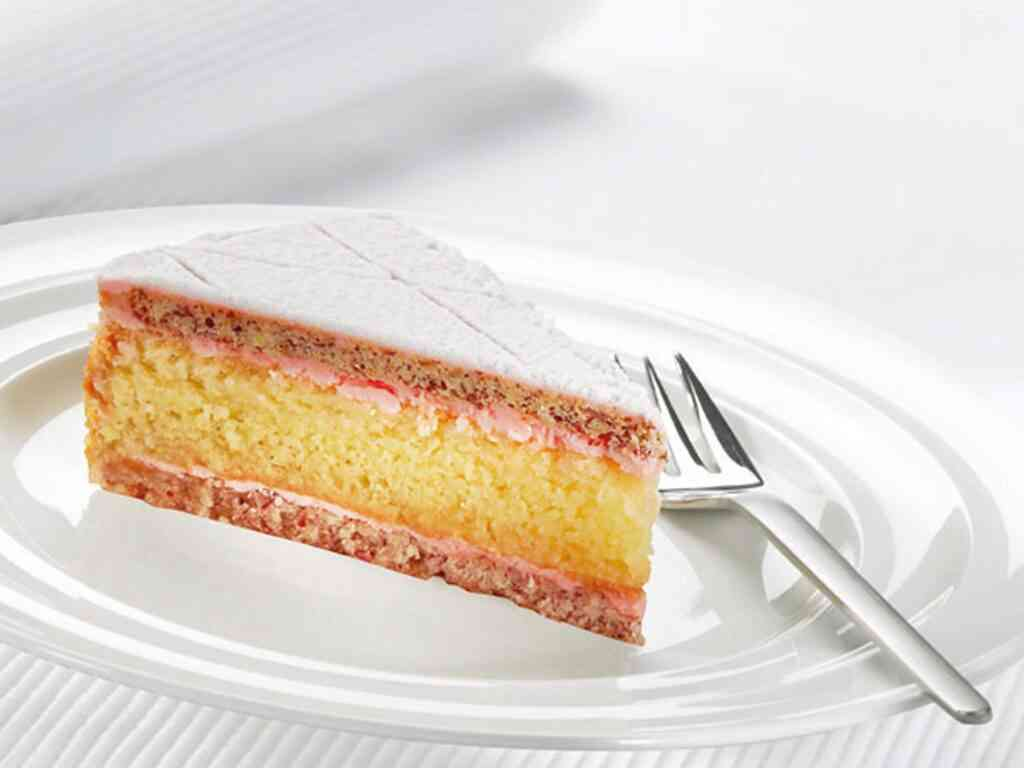 Zuger Kirchtorte is a famous dish in Zurich your kids will love