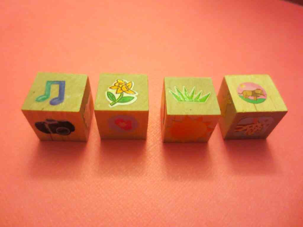 diy story cubes for covid staycation ideas