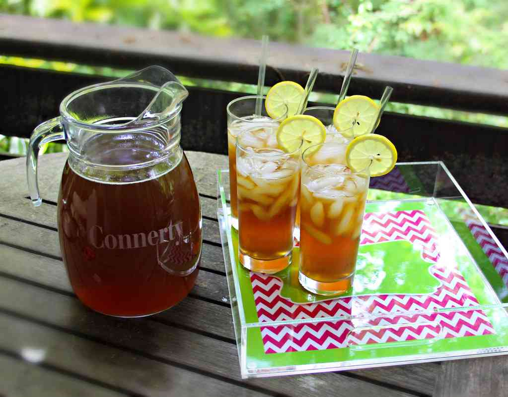 Southern Sweet Tea is one of the best things to drink in Myrtle Beach with kids